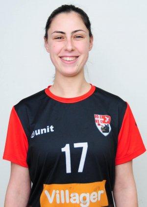 Ksenija Petrović -desno krilo