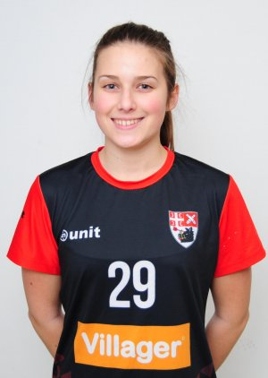 Tijana Petrović -desni bek - kapiten